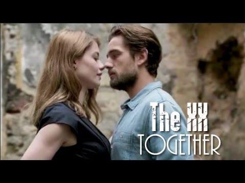 The XX Together Tema Internacional de Lívia e Felipe Tradução Além do Tempo