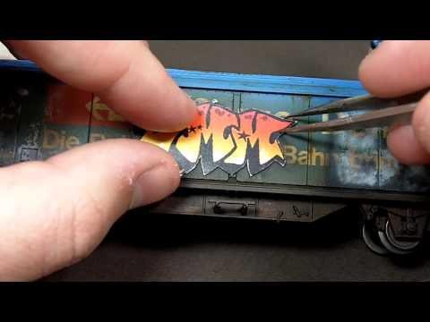 Weathering a boxcar part 3 – graffiti on trains using an airbrush