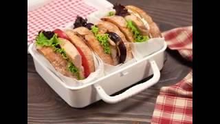 Бутерброды с индейкой, инжиром, творожным сыром и орешками