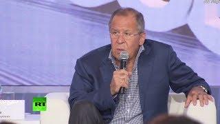 Le chef de la diplomatie russe répond aux questions  de l'actualité politique, mais pas que...