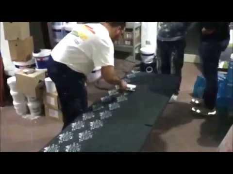 Decorare pareti mobili e porte con effetto carta da for Pareti con carta da parati