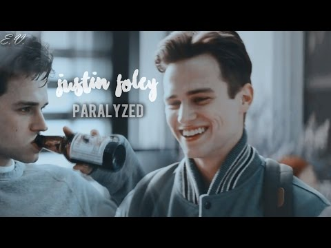 Justin Foley Paralyzed 13 Reasons Why