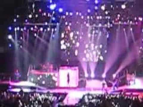 Hannah Montana Rock Star Performance - Texas Concert