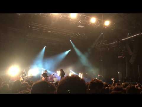Fast Animals And Slow Kids - Capire un errore (live)