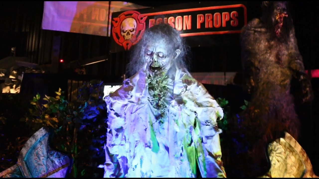 poison props animatronics at transworld halloween show 2015 youtube