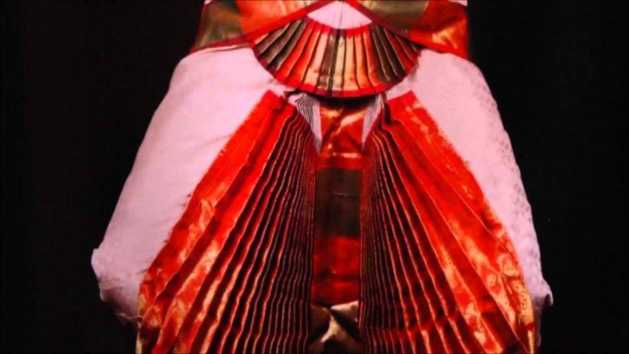 Arangetram/Bharatanatyam Video for costumes, design, and ideas