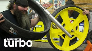 ¡Pongamos una rueda de 32 pulgadas en esta motocicleta! | Justin y Nick: Supermecánicos