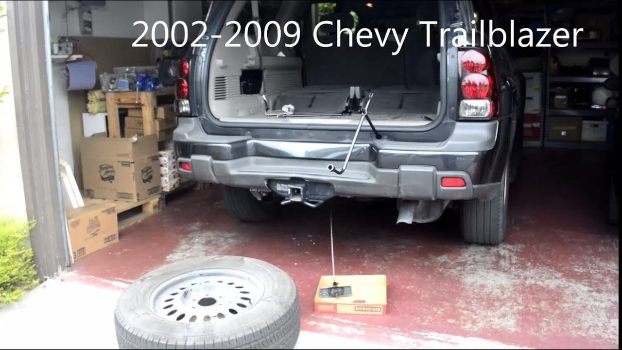 Chevrolet Trailblazer Spare Tire Removal Youtube