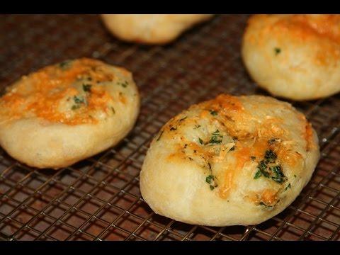Petits Pains à l'Ail & Fromage - Garlic & Cheese Bread Rolls - خبز بالثوم وجبن