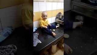 Funny baby laugh  😬😉🐩🐶