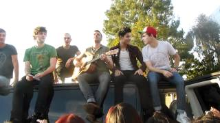 "The Wanted ""Lose My Mind"" outside ""Tonight Show"""
