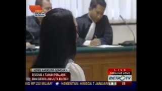 Angelina Sondakh Divonis 4 Tahun dan 6 Bulan Penjara Serta Denda 250 Juta ( 1 / 2 )