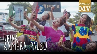 Download Video Upiak - Kamera Palsu (Official Music Video) MP3 3GP MP4