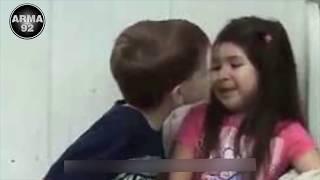 PARAH!!! Guru Mengajarkan Muridnya Berciuman
