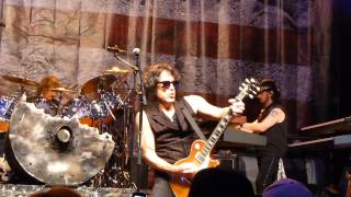 "Paul Stanley w/ Badlands House Band - ""Love Gun"" - 8-27-15 - Sioux Falls, SD - The District"