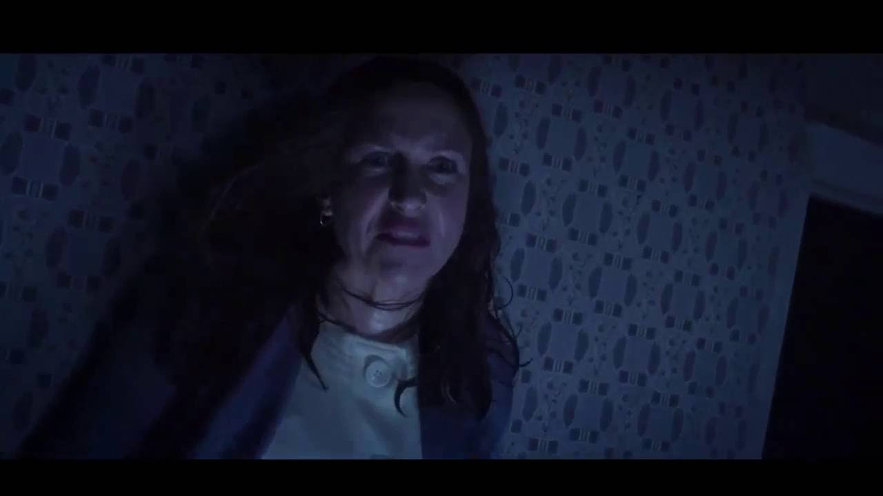 THE CONJURING 2 Lorraine VS Valak Final Encounter YouTube