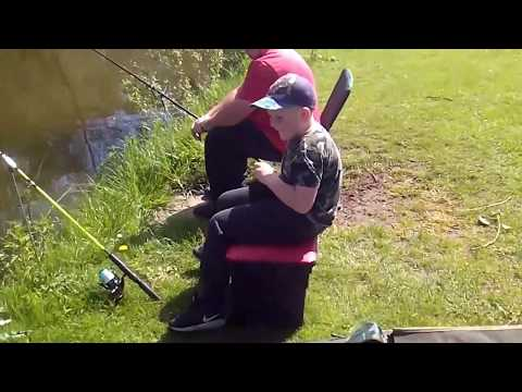 Fishing At Ferryboat Fisheries Near Doncaster
