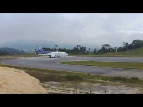 FSX HD 737 Lan Colombia Extreme Landing Bucaramanga by