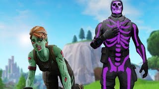 I play as NOSKIN and am bullied by OG SKINS and then show LILA SKULL TROOPER..! (Fortnite)