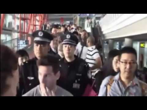 Lionel Messi Visit to Beijing China - Amazing Public Interaction with Fans