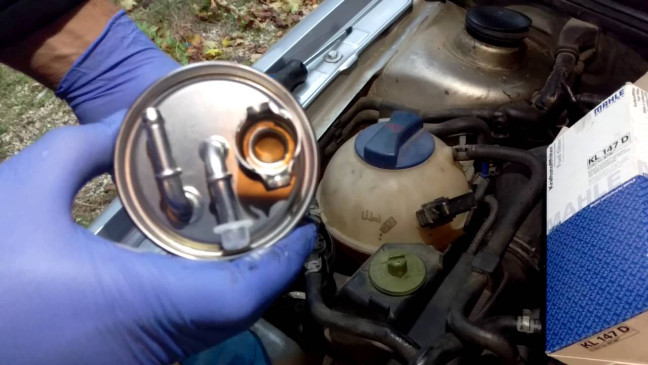 how to change a tdi fuel filter youtubehow to change a tdi fuel filter