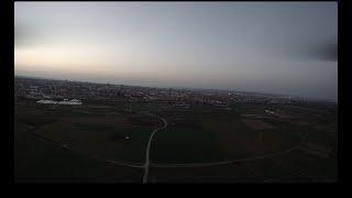 Volando en el ocaso - F330