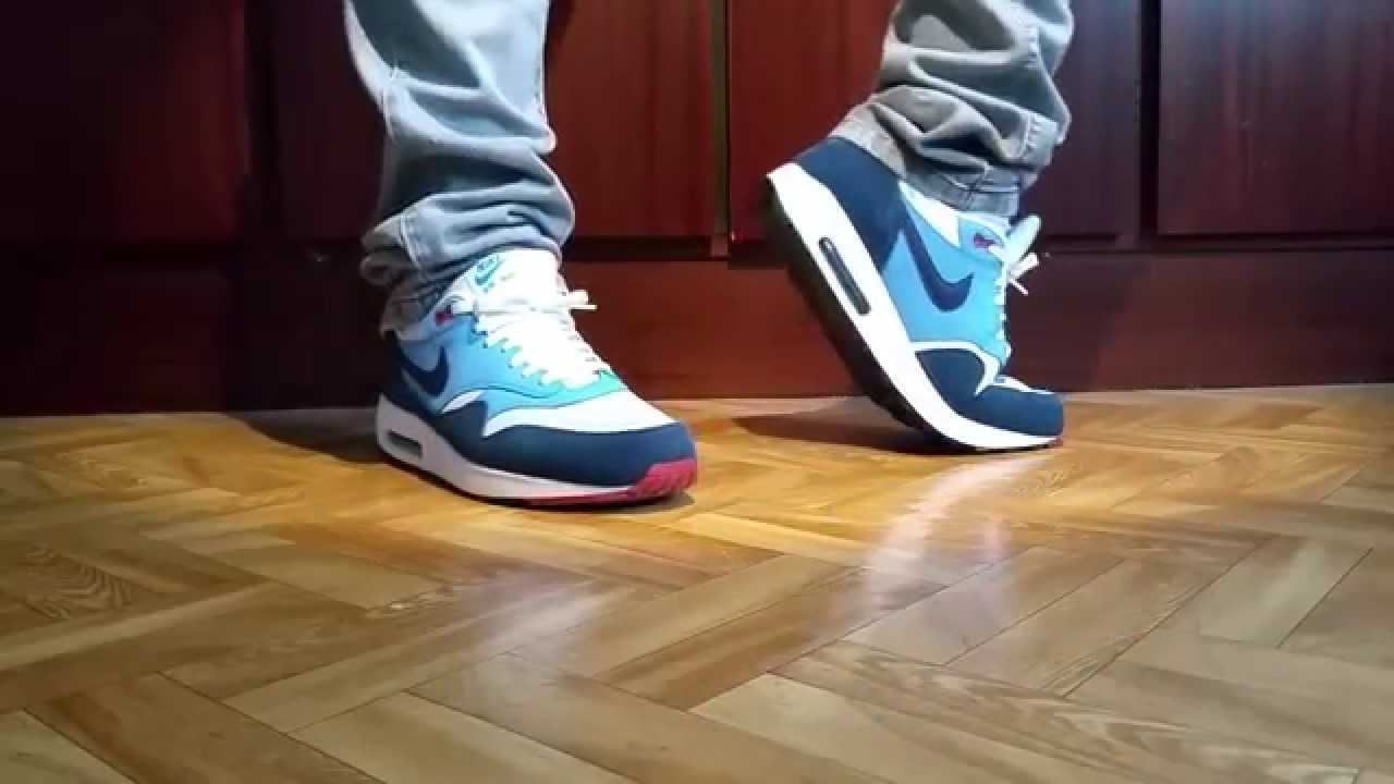 how to wear air max 1 with jeans