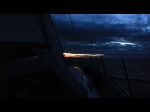 Nat sejlads med god vind på vej hjem fra København