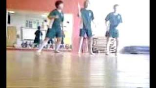 guys in my class dancing to i know you want me with sound,.3gp