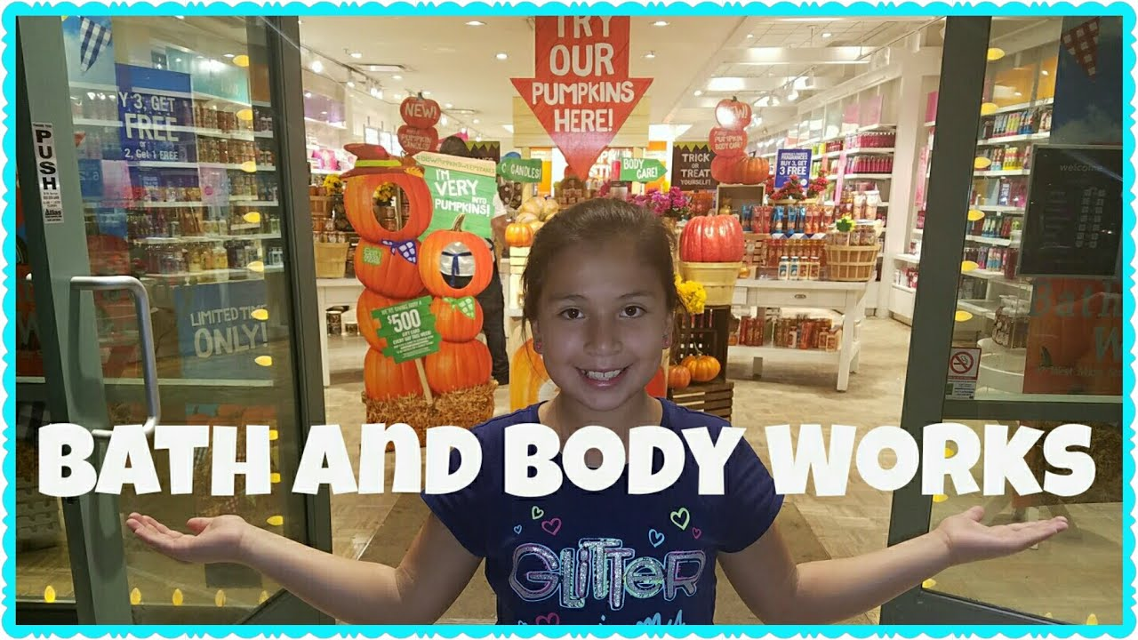 2016 bath and body works halloween section
