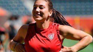 Download Video Atlet Sepak Bola Wanita Menyamar Bermain Dengan Laki-Laki | Amazing!!! MP3 3GP MP4