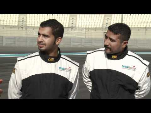 Fredric Aasbo interviews local drivers (Arabic)