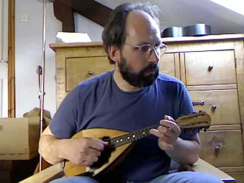 Jazz mandolin: La Petite Tonkinoise (Vincent Scotto) solo instrumental
