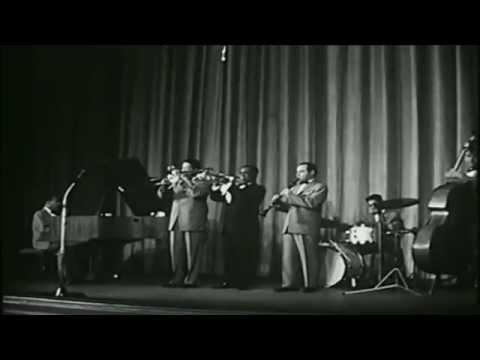 Louis Armstrong - La Vie En Rose [LIVE 1959 Belgium].flv