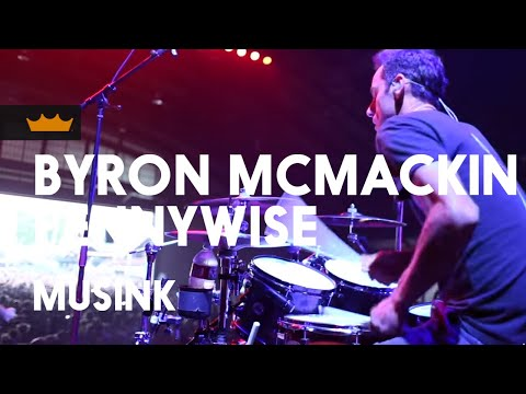 Remo + Byron McMackin / Pennywise: Wouldn't It Be NIce - Musink 2017