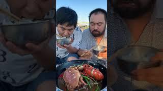 해산물 먹기 오징어, 굴, 랍스터, 새우, 달팽이, 오…