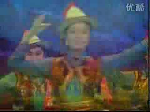 """Yugur song: """"A Yugur girl I am"""""""