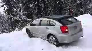 2007 dodge caliber in snow