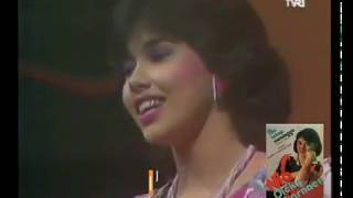 Nia Dicky Zulkarnaen - Aku Tetap Menunggu (1985) (Safari)