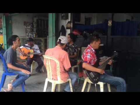 Mawar biru by kartolo dampit Mp3