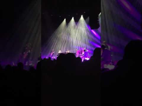 Waiting - Norah Jones at The Ohio Theatre 5.30.2017