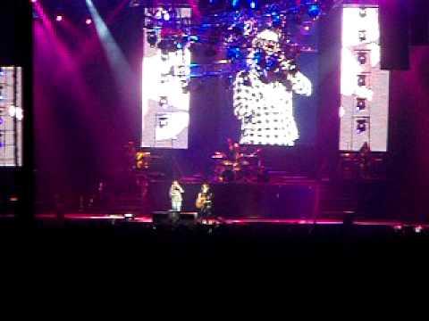Guns N' Roses live Tokyo  2009 (Patience)