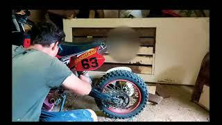 Rozbila se motorka ( oprava )