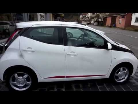 toyota aygo x play touch mit outglow paket walkaround by autohaus metzger in widdern youtube. Black Bedroom Furniture Sets. Home Design Ideas