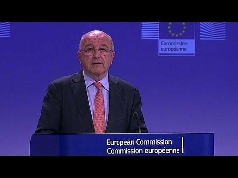 UE investiga impuestos de Apple, Starbucks y Fiat