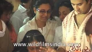 Kajol sees off her father and director Shomu Mukherjee