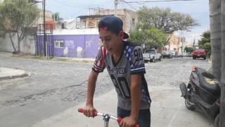 COMO HACER TAIL WHIP EN EL SCOOTER
