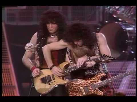 KISS - Animalize Live Uncensored - Lick It Up