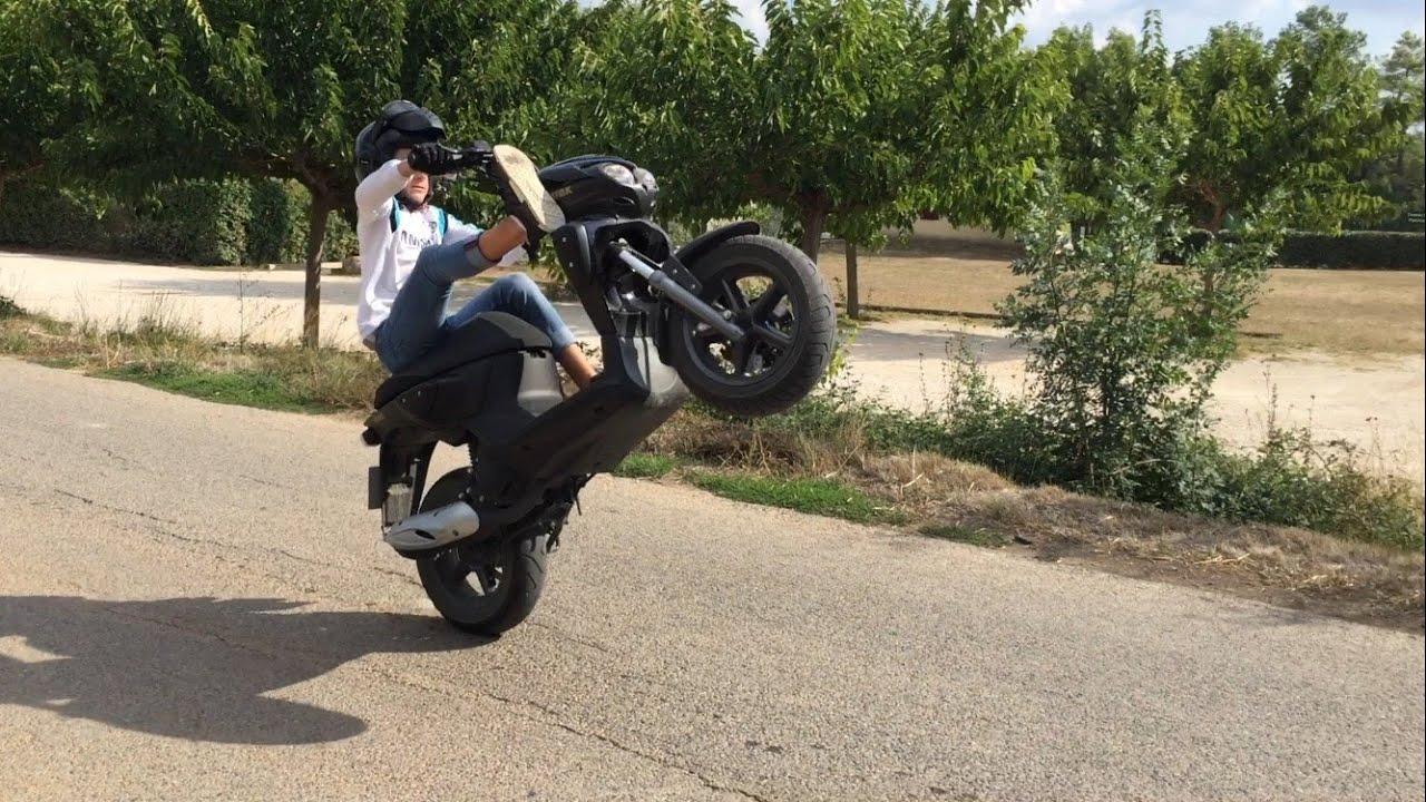 bavette wheelings en mbk stunt 2016 youtube. Black Bedroom Furniture Sets. Home Design Ideas