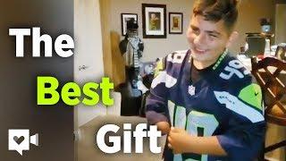 Fearless kid surprised by hero NFL player